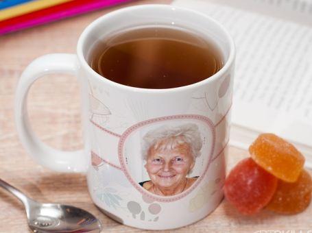 Фотокружка бабушке