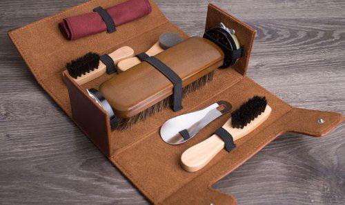 Подарочный набор для чистки обуви сундучок