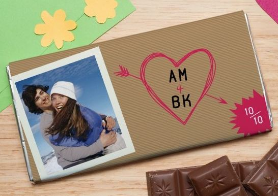 Шоколадная открытка инициалы любимых