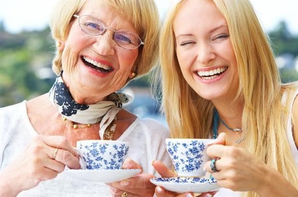 Что подарить свекрови на 65-70 лет