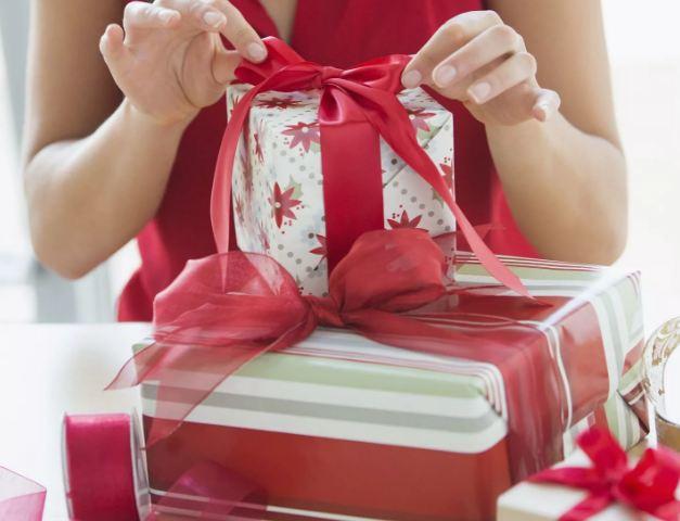 Недорогие символические подарки мужчине