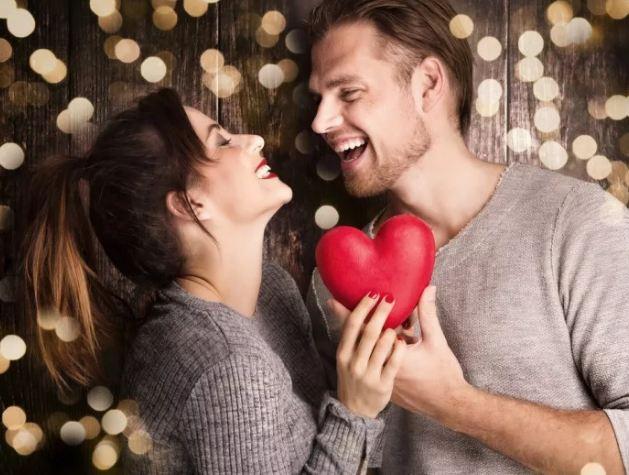 Что подарить девушке на Валентинов день