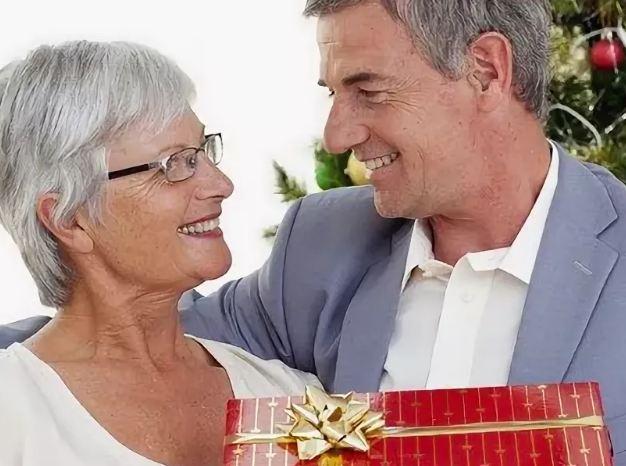 Что подарить тёще на Новый год