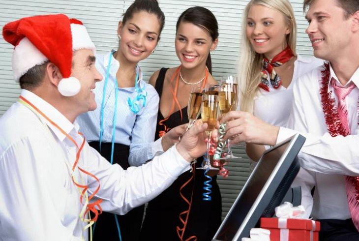 Что подарить начальнику на новый год