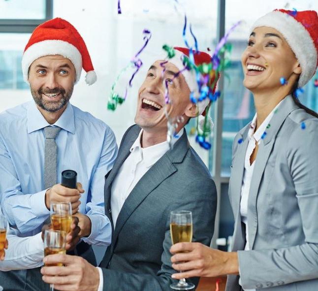 Недорогие подарки начальнику на Новый год