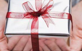 Что подарить отцу на 23 февраля? Список идей