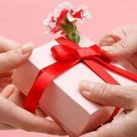 Оригинальный подарок девушке на 8 марта