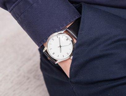 Наручные часы с гравировкой