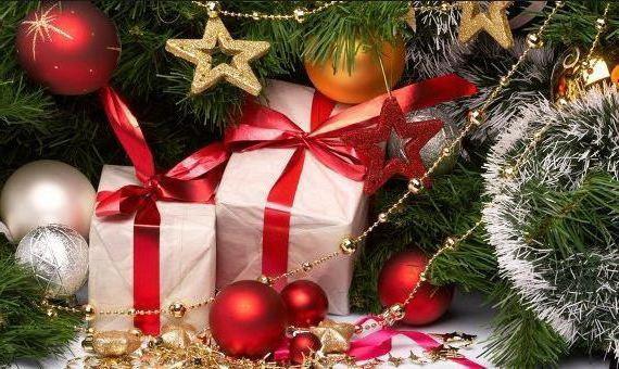 Недорогие подарки женщине на Новый год