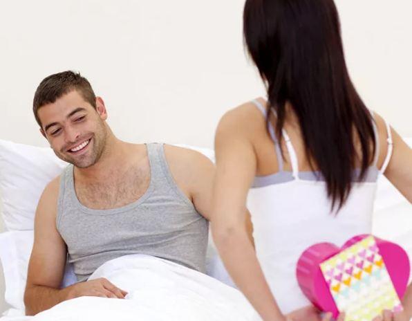 Что подарить мужу на 14 февраля – День святого Валентина?