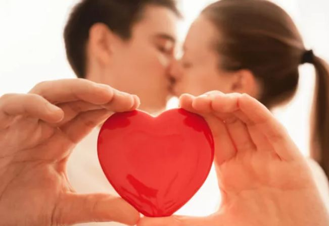 Что подарить жене на 14 февраля – День святого Валентина