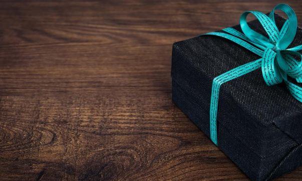 Недорогие подарки мужчине на 23 февраля