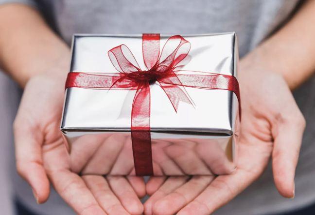 Недорогие подарки отцу на 23 февраля