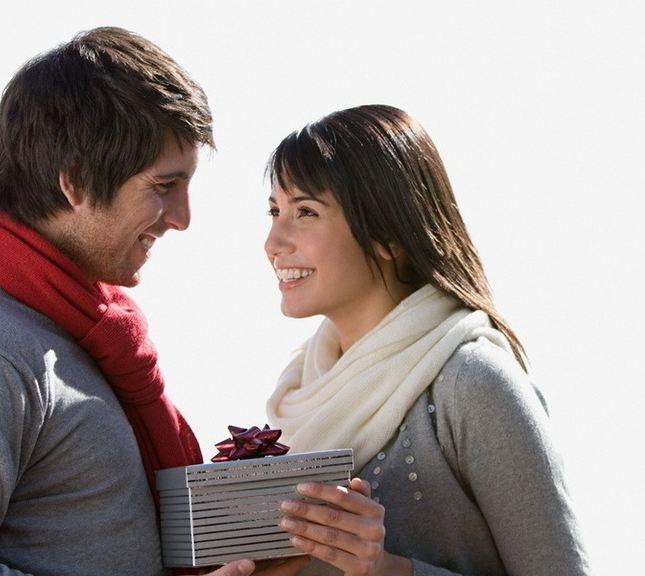 Романтичные подарки любовнику на 23 февраля