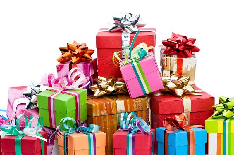 Что подарить девочкам на Новый год