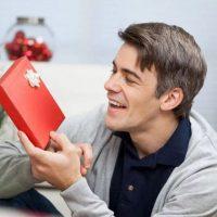 Что подарить мужчине на День рождения? Список идей